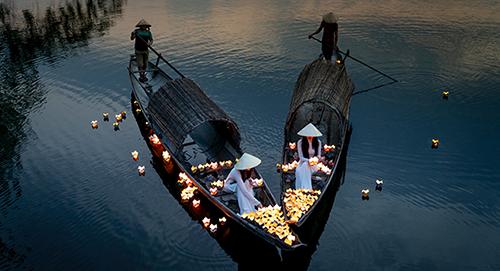Boat Lanterns